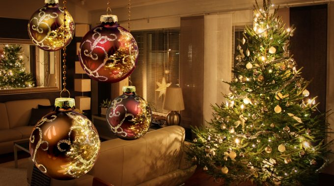 Amazon Top 20 Best Selling Christmas Decorations